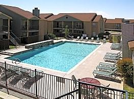 Oakridge Apartments Lubbock Tx 79424