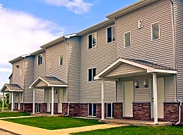 Hillcrest Apartments & Oakwood Townhomes - Big Rapids