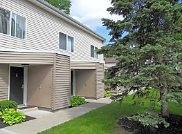 Tall Oaks Apartments - Middletown