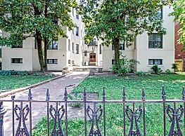 The Saratoga Apartments - Washington