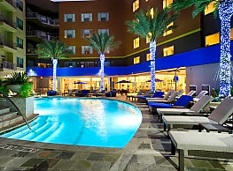 Elan Memorial Park Apartments - Houston