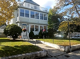 3 Bedford St - Quincy