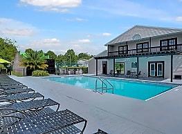Greenwich Green - Gainesville