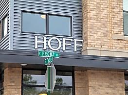 Hoff Mall Apartments - Mount Horeb