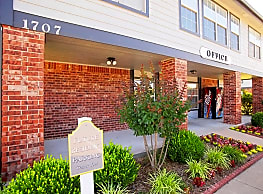 Pryor Creek Apartments - Pryor