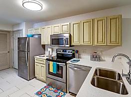 College Center Apartments - Murfreesboro