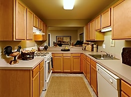 The Apartments At Wellington Trace - Frederick