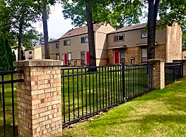 Oakhill Village and Town Homes - Muskegon
