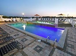 Lakeshore Pointe Resort Apartments - Brandon