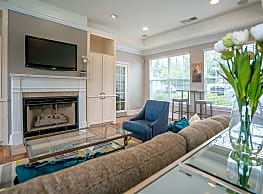Willow Grove Apartment Homes - Danbury