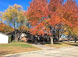 Silver Lake Apartments - Portage
