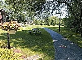 Swanson Court - Portage