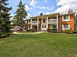 Jamestown Village Apartments - Allen Park