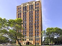 7300 Venture Apartment Homes - Chicago