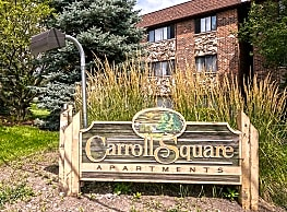 Carroll Square - Elk Grove Village
