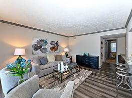 550 Abernathy Apartments - Atlanta