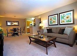 Deer Ridge Apartments - Loveland