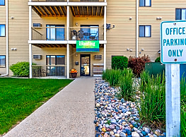 Autumn Ridge Apartments - Grand Forks