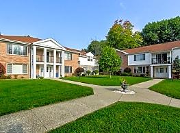 Hickory Arms/Penngrove Village - Hermitage