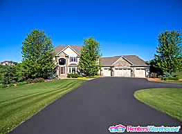 Amazing 2.5 Acre private lot  with spectacular... - Prior Lake