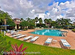 3789 Parkridge Cir - Sarasota
