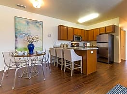 Outlook Apartment Homes - Springville