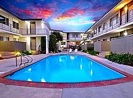 San Remo Apartments - Torrance