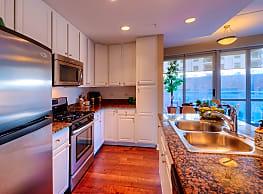 Kingston Pointe Apartment Homes - Des Plaines