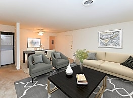 Woodcrest Apartment Homes - Dover