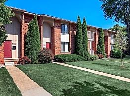 Somerset Park Apartments - Troy