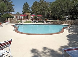 Lake Fairway Apartments El Paso Tx 79935