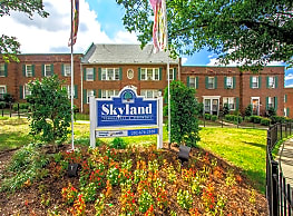 Skyland Apartments - Washington
