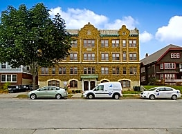 East Side Apartments - Milwaukee