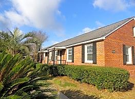 Pine Crest - North Charleston