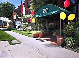 Westwood Villa Apartments - Los Angeles