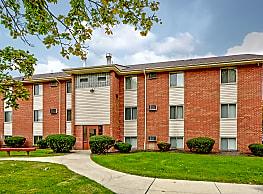 Oakwood Park Apartments - Lorain