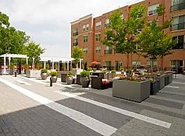 Paramount at Spectrum Luxury Apartments - Gaithersburg