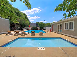 Maple Ridge Apartments - Lynchburg