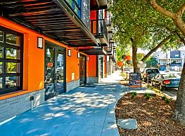 Q19 Apartments at Midtown - Sacramento