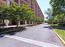 Capitol Park Plaza Apartments - Washington