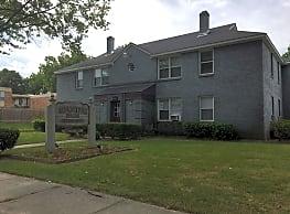 Waring Park Apartments - Memphis