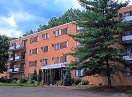 Parma Park East And Parma Park West Apartments Parma Oh