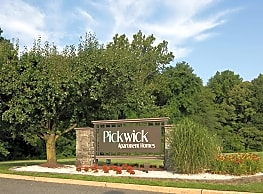 Pickwick Apartments - Maple Shade