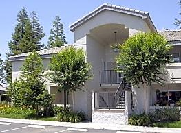 Villa Mondavi - Bakersfield