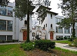 Grand Court Villas - Trenton