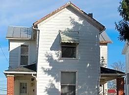 527 Washington Ave - Greenville