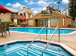 Oak Hill Apartments - Escondido