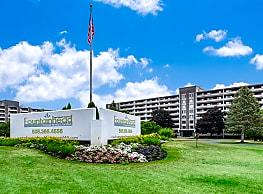 Fountainhead Apartments - Westborough