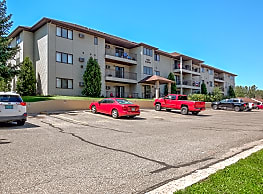 Capitol Apartments - Bismarck