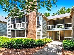 Forest Pointe Apartment Homes - Macon